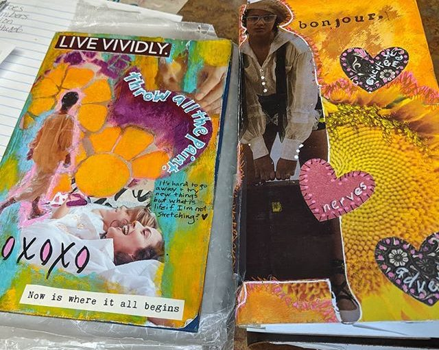 I was just prepping stuff for the day and realized I like yellow much more than I realized. The book on the right is the one I prepped for my trip and the one on the left is what I made on my trip. @kellytmkilmer @transtartwin #artjournaling